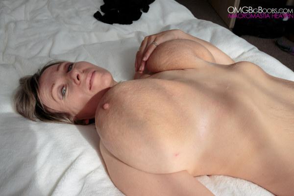 massive boobs tight pussy