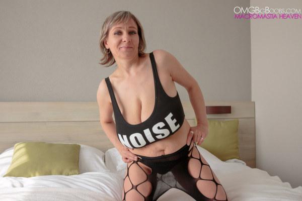 Omg Huge Tits 55