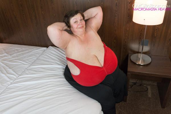 It's giant boobs bbw