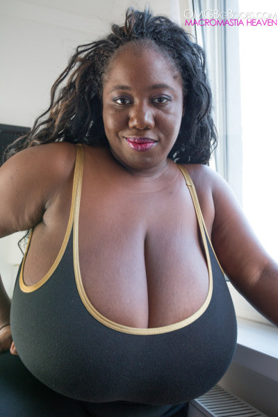 Bggest Ebony Tits 14