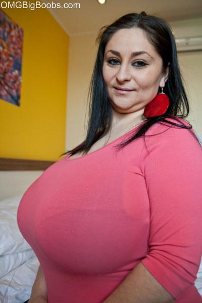 Omg Huge Tits 28