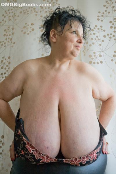 Mature huge natural boobs ebony milf big facial 3